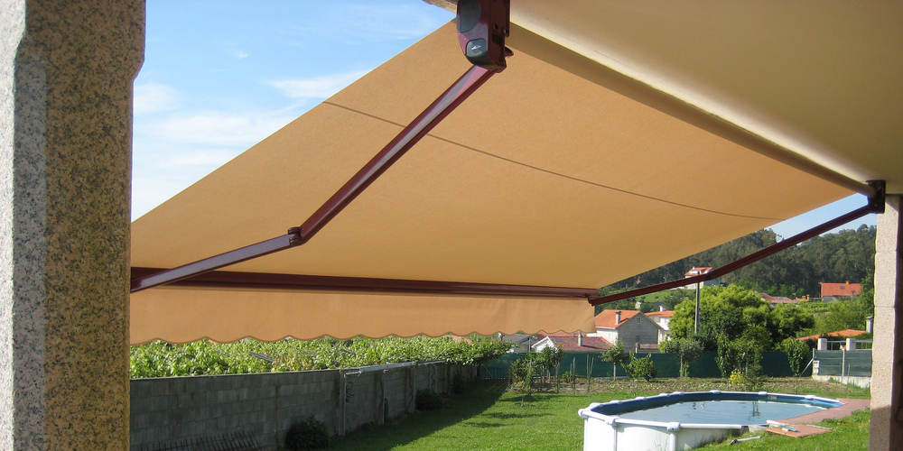 retractable arms awning for terraces