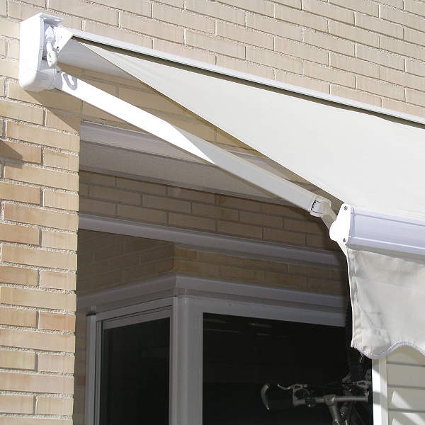 Retractable Arms Awnings
